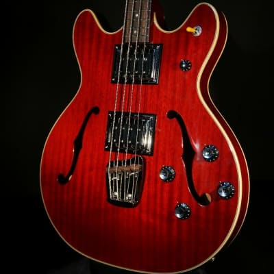 Guild Starfire II Bass Cherry Finish Hardshell Case Included for sale