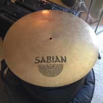 """Sabian HH 18"""" Flat Bell Ride 1990s Traditional image"""