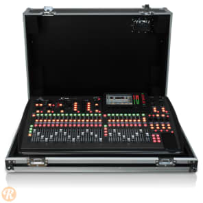 Behringer X32-TP 40-Input 25-Bus Digital Mixing Console Touring Package