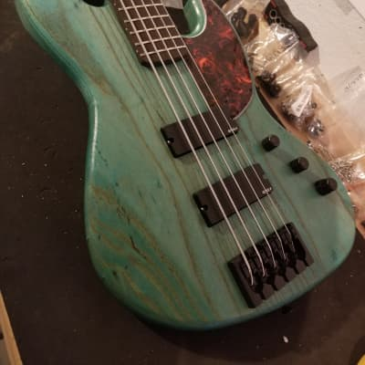 TW Basses R5 5-string bass (ASH) - customized by YOU! for sale