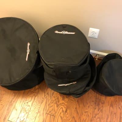 Road Runner 5-Piece  Drum Bag Set Black 10/12/14/22/14Snare