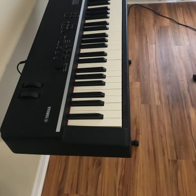Yamaha CP4 88-key Wooden Key Stage Piano