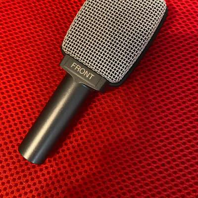 Sennheiser e609 Silver Supercardioid Dynamic Microphone