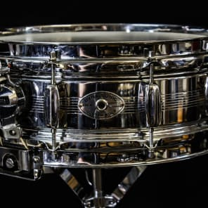 """Rogers """"7-Line"""" Dyna-Sonic 5x14"""" Chrome Over Brass Snare Drum with Bread and Butter Lugs Early 1960s"""