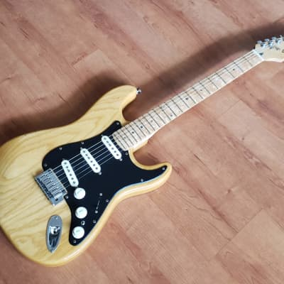 Fender Lite Ash Stratocaster 2004 Natural for sale