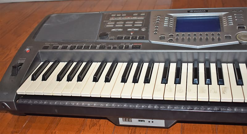 Yamaha PSR 1000 Black/Silver | MJ Music