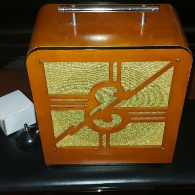 """Epiphone Limited Edition 75th Anniversary Century Amp """"Inspired By 1939"""" 18-Watt 1x12 Guitar Combo 2015"""
