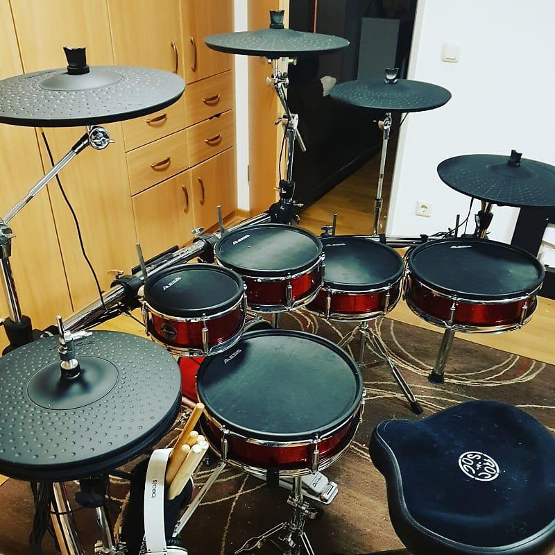 alesis strike pro kit 11pc electronic drum kit with mesh reverb. Black Bedroom Furniture Sets. Home Design Ideas