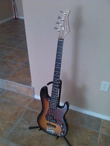 fretlight fb 525 bass guitar w foot pedal reverb. Black Bedroom Furniture Sets. Home Design Ideas