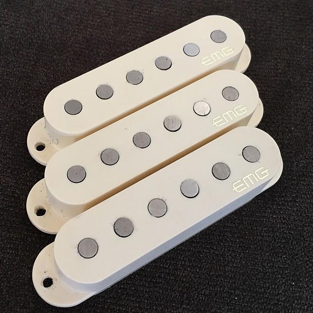 EMG SAV Set Ivory (cream) w/pots,switch & jack