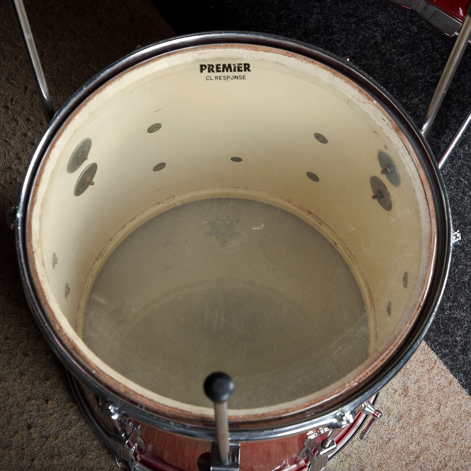 How to Date Premier Drums – Often, these types of publications are subject specific such as vintage drums and have pictures and descriptions.