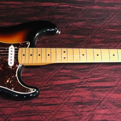 """Fender  Deluxe """"08"""" Player Stratocaster 3 Tone Sunburst Authorized Dealer"""
