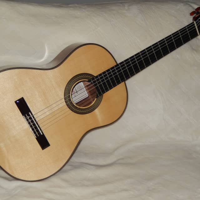 """WONDERFUL """"EL VITO"""" CONCERT JS - HAND MADE ALL SOLID WOODS CLASSICAL GUITAR image"""