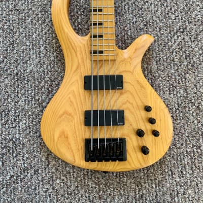 f5fb7ba52b2 Schecter Riot-5 Session Aged Natural Satin Used