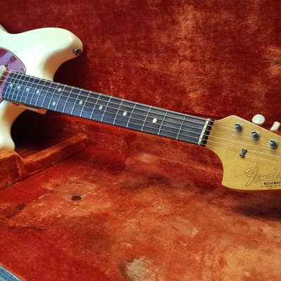 Vintage 1966 Fender Musicmaster II Olympic White (ALL ORIGINAL) Flamey Neck Rosewood for sale