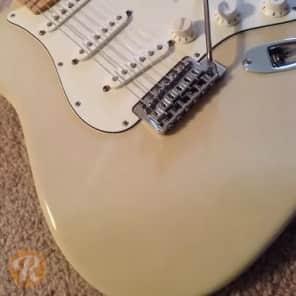 Fender FSR Standard Stratocaster White Blonde 2010