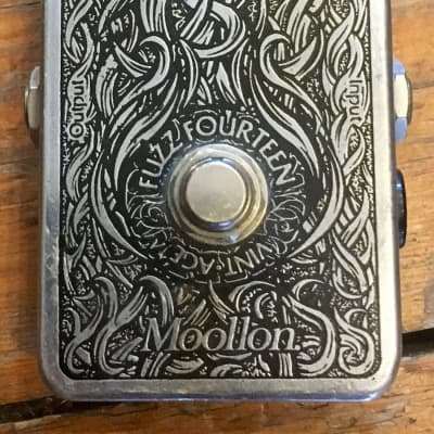 Moollon Fuzz 14 Fourteen Guitar Effects Pedal for sale