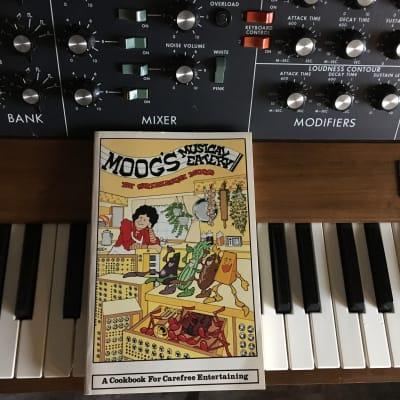 Moog MiniMoog Model D 1974 Wood (Price Reduced )