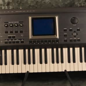 Roland Fantom FA76 76-Key Workstation Keyboard