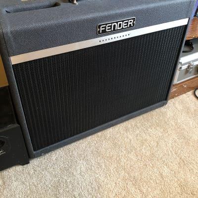 """Fender Bassbreaker 18/30 2-Channel 30-Watt 2x12"""" Guitar Combo"""