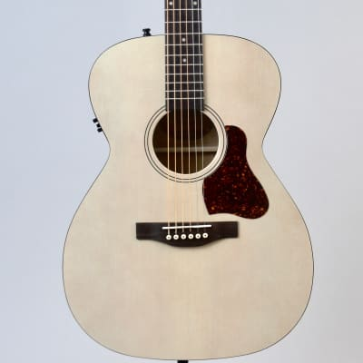 Art & Lutherie Legacy Acoustic-Electric Guitar | Faded Cream for sale