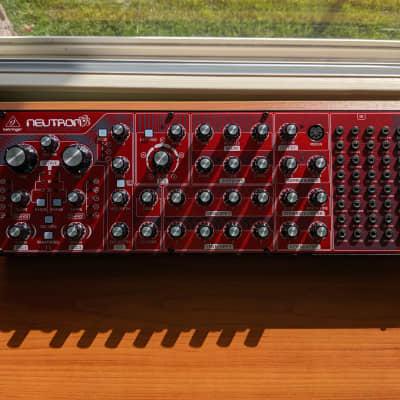 Behringer Neutron Paraphonic Analog and Semi-Modular Synthesizer