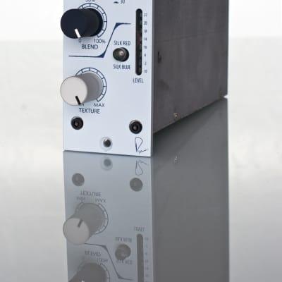 Rupert Neve Designs 542 Tape Emulator Con Variable Silk E Soft Clip Limiter
