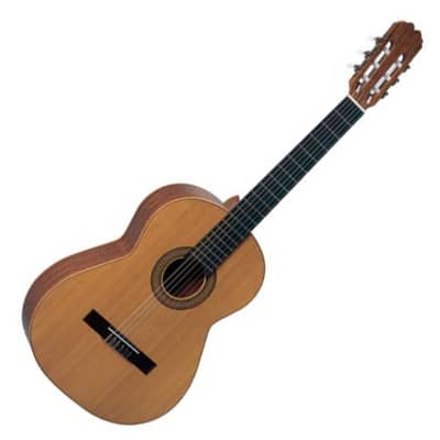Admira Sevilla classical w/ cedar top, Student series, Made in Spain, New, Free Shipping