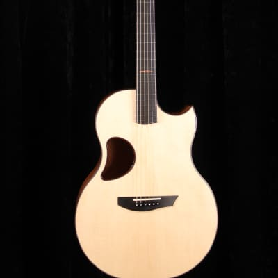 McPherson Camrielle 4.0 with Beeswing Mahogany Back and Sides and Red Spruce Top for sale
