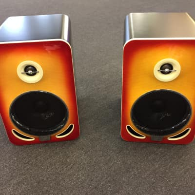 Gibson LP6 Reference Monitor, Pair (2 Pieces) Cherry Sunburst