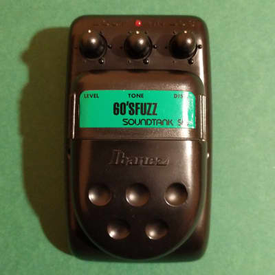 Ibanez Soundtank SF5 60's Fuzz (FZ5) - based on the Electro-Harmonix Ram's Head Big Muff π V2