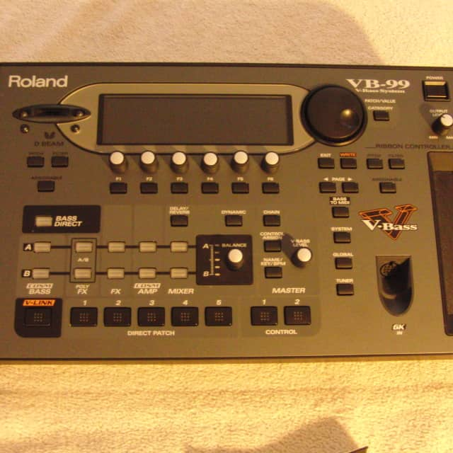Roland VB-99 Bass Modeler and Effects Processor image