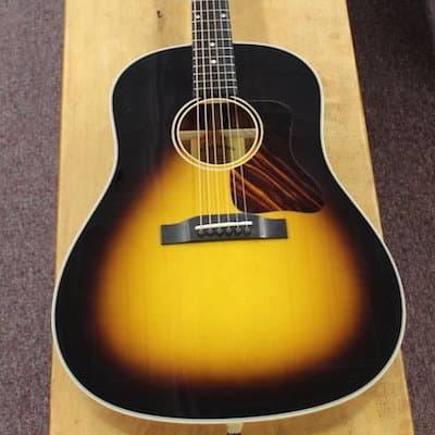 Eastman Dreadnought Slope Shoulder E10SS Acoustic Guitar