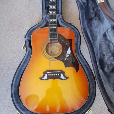 Guitar Epiphone Dove Acoustic, Fishman PreAmp & Pickups Dove 2018 Sunburst for sale