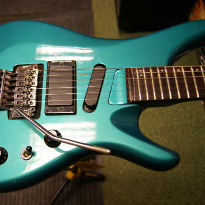Maison RE-480 electric guitar for sale