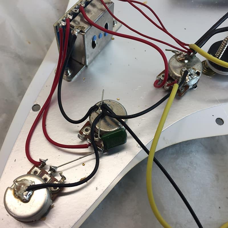 Guitar Parts North Vancouver : fender squier strat loaded wired red tortoise pickguard reverb ~ Hamham.info Haus und Dekorationen