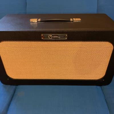 """Carstens Amplification 2x12"""" 90-Watt Split-Back Guitar Speaker Cabinet with Custom Tuki Foam Cover"""