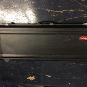 SKB 1SKB-R4215W 61-Key Keyboard Case with Wheels