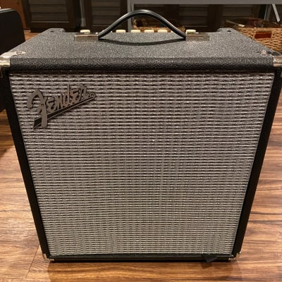 "Fender Rumble 40 V3 40-Watt 1x10"" Bass Combo Amp"