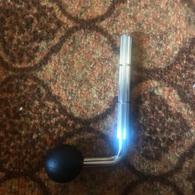 "DW DWSP457 Ball in Socket Tom L-Arm - 1/2"""