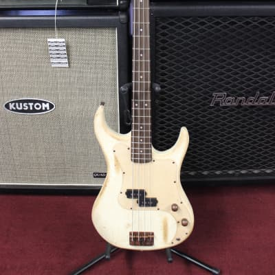 AXL Badwater AP-820 P-Style Bass [ProfRev] for sale