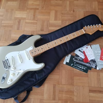 Fender Classic Player 50's Strat  2009 Shoreline Gold for sale