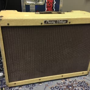 Peavey Vintage II 110-Watt 2x12 Guitar Combo with Solid State Preamp