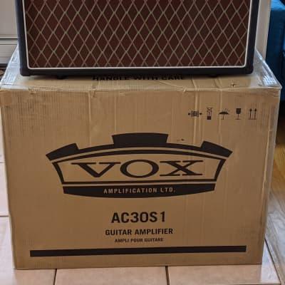 "Vox AC30S1 30-Watt 1x12"" Guitar Combo 2018 - 2019 Custom Color Red Black Gold"