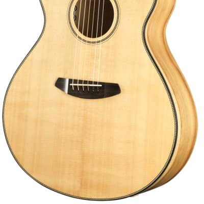 Breedlove Oregon Concerto CE Solid Spruce & Myrtlewood Acoustic Electric Guitar