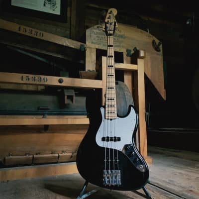 Fender Geddy Lee Artist Series Signature Jazz Bass MIJ 1999 - 2014 Black for sale