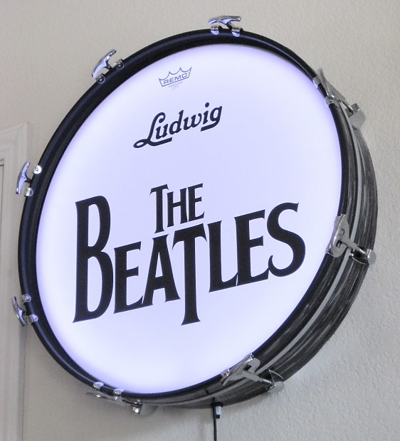 Ringo Starr The Beatles Bass Drum Ludwig Wall Hanging Black Oyster Pearl LED Lights Remote