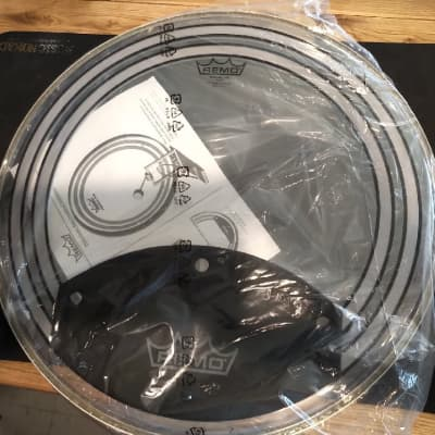 """Unboxed Remo Powersonic Clear Drumhead, 20"""" PW-1320-00"""