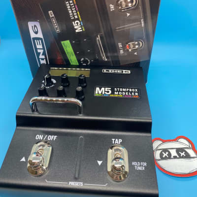 Line 6 M5 Stompbox Modeler w/Original Box + Power supply