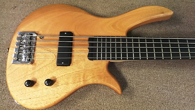hy5 5 string short scale bass custom low b system reverb. Black Bedroom Furniture Sets. Home Design Ideas